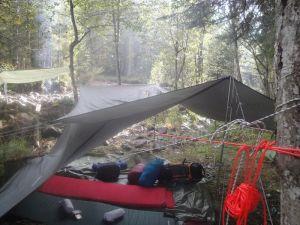 orange_cord_tent