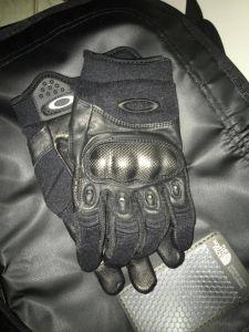 Gants Oakley Factory Pilot noir