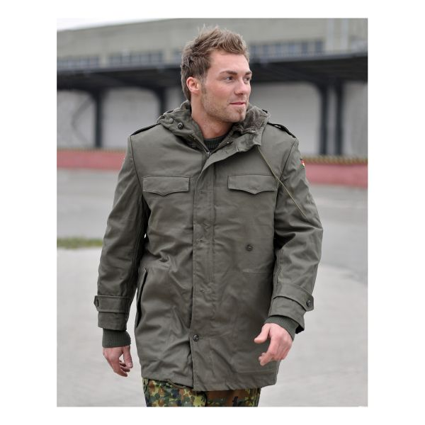 BW Parka Like New olive