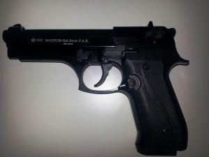 Pistole teilgeladen, entsichert